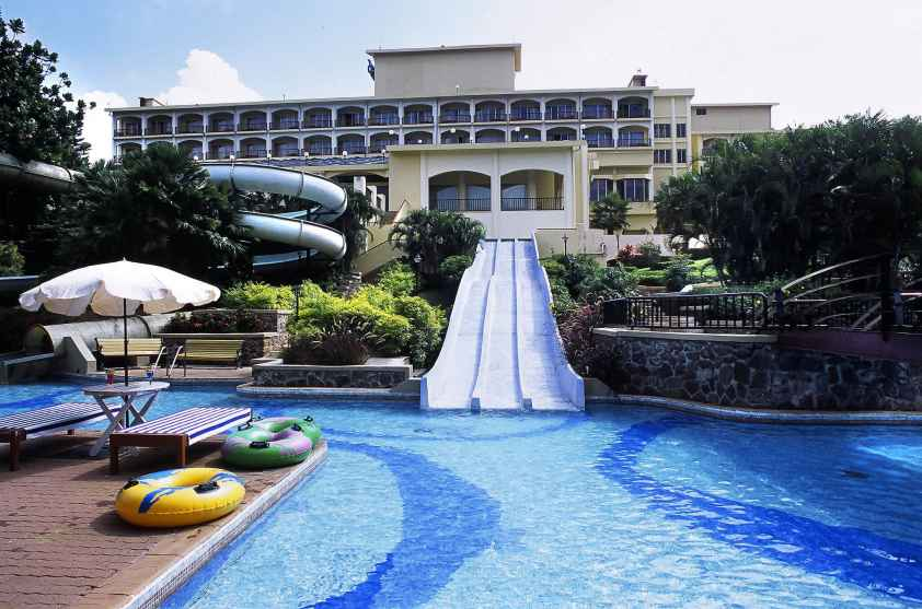 Fariyas Resort,Lonavla