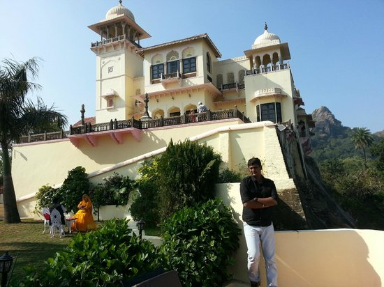 Jaipur House,Mount Abu